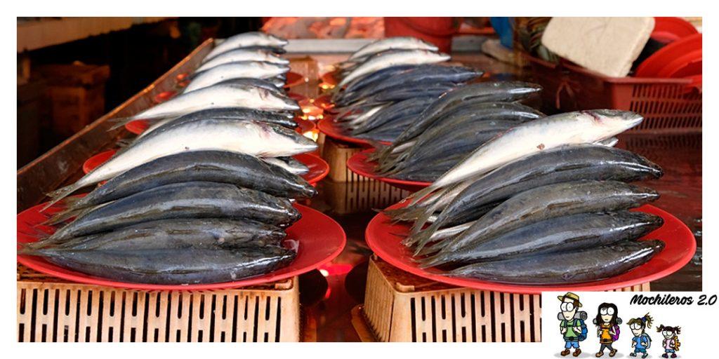 Venta pescado, mercado Chow Kit Kuala