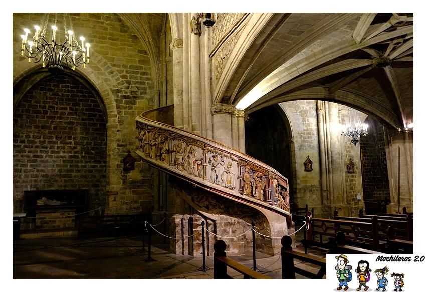 escalera coro basilica morella