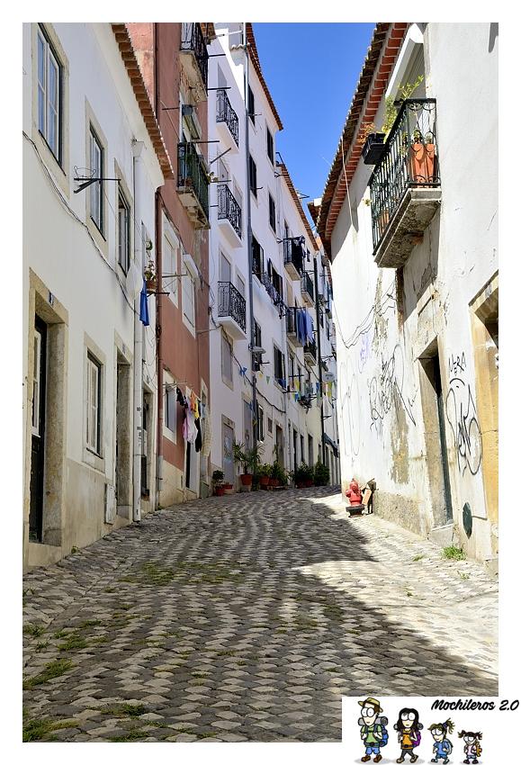 barrio alfama calles