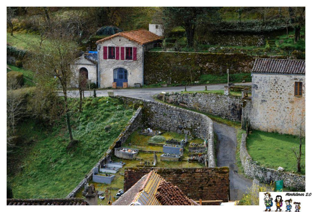 cementerio saint cirq lapopie