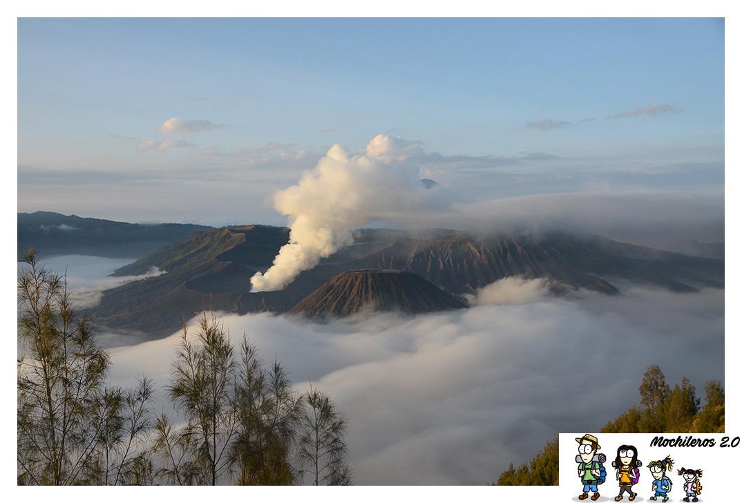 Amanecer y subida al Volcán Bromo