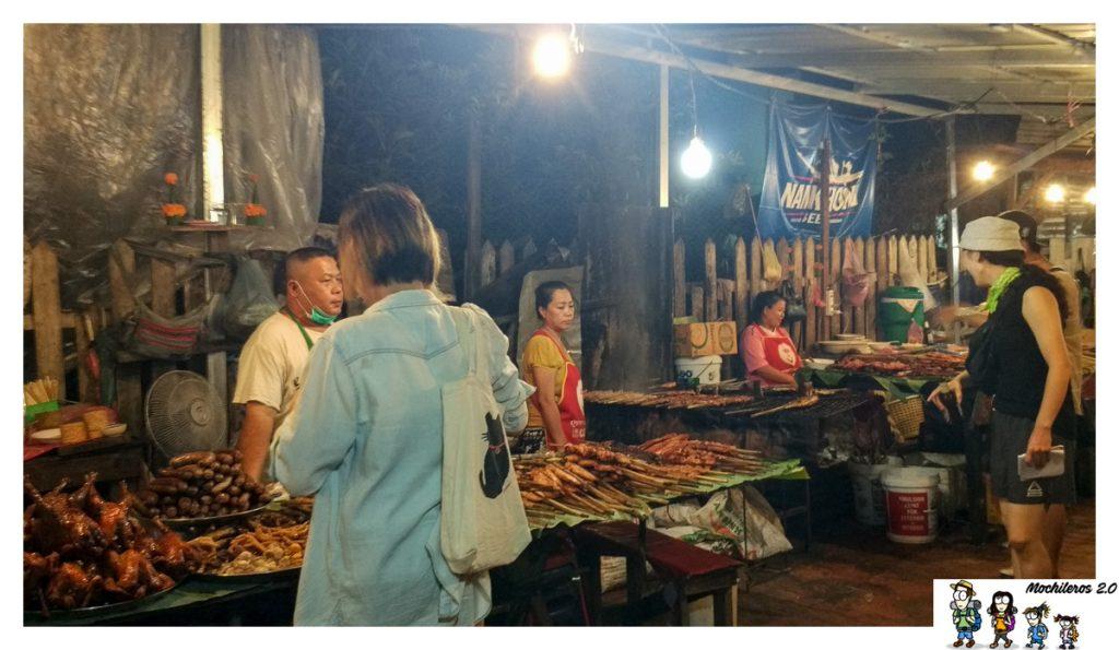 luang prabang cenar mercado nocturno