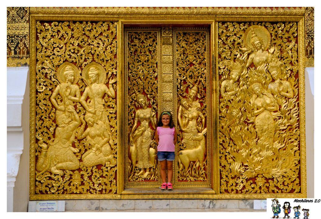 detalles labrados wat xieng thong