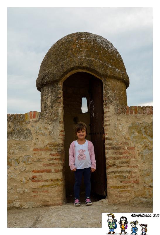 torreon muralla ciudad rodrigo