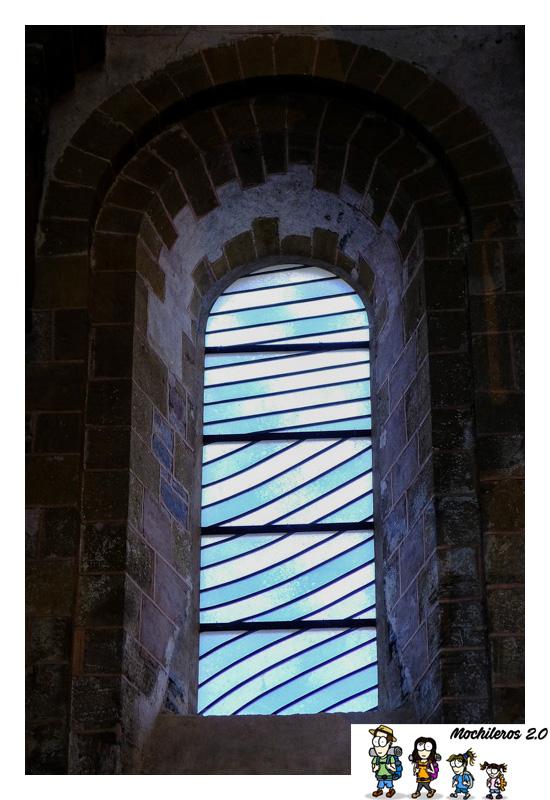 vitrales abadia santa fe conques