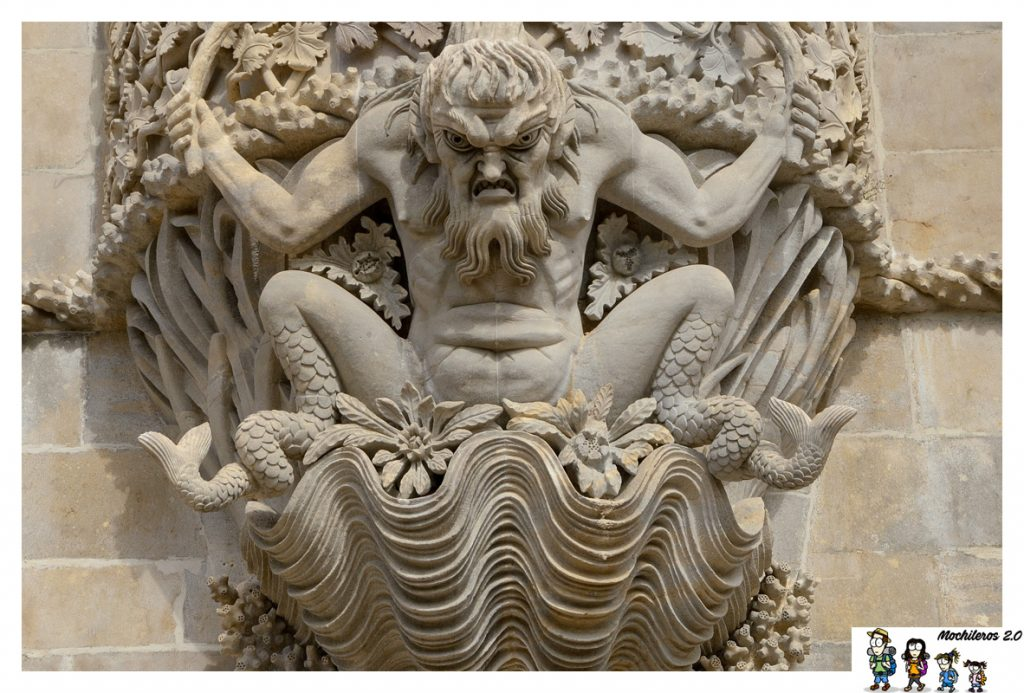 estatua triton sintra