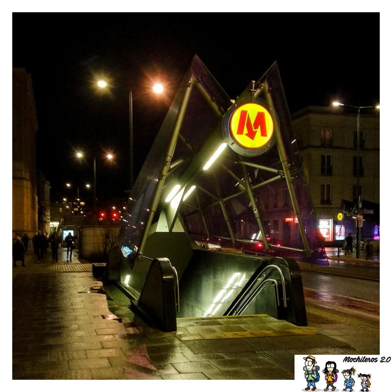 metro varsovia