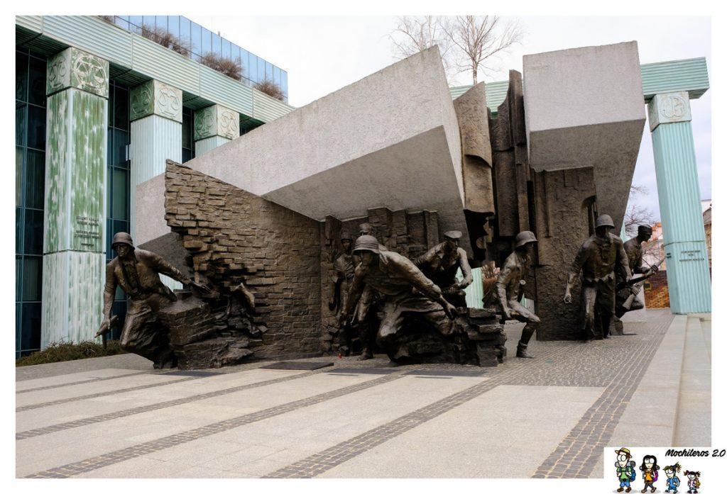 monumento alzamiento varsovia
