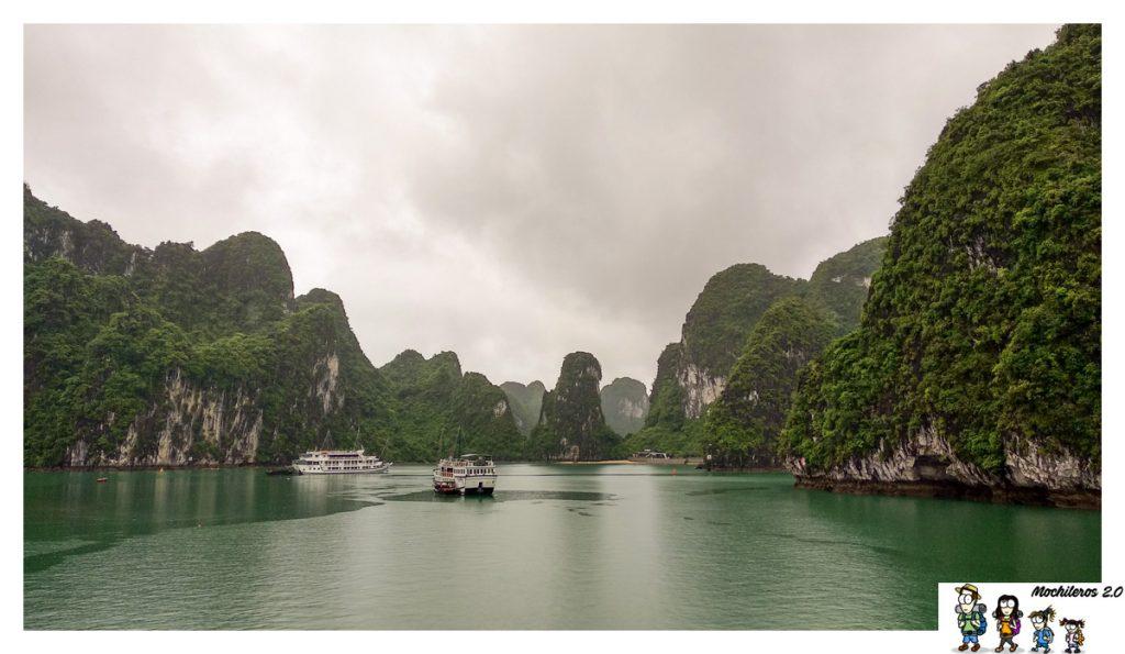 bahia halong vietnam