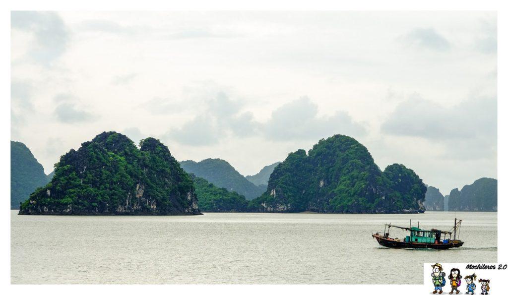 barco pesca bahia halong