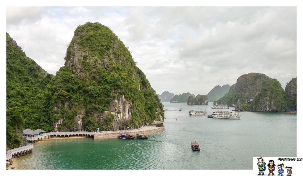 halong bay surprising cave