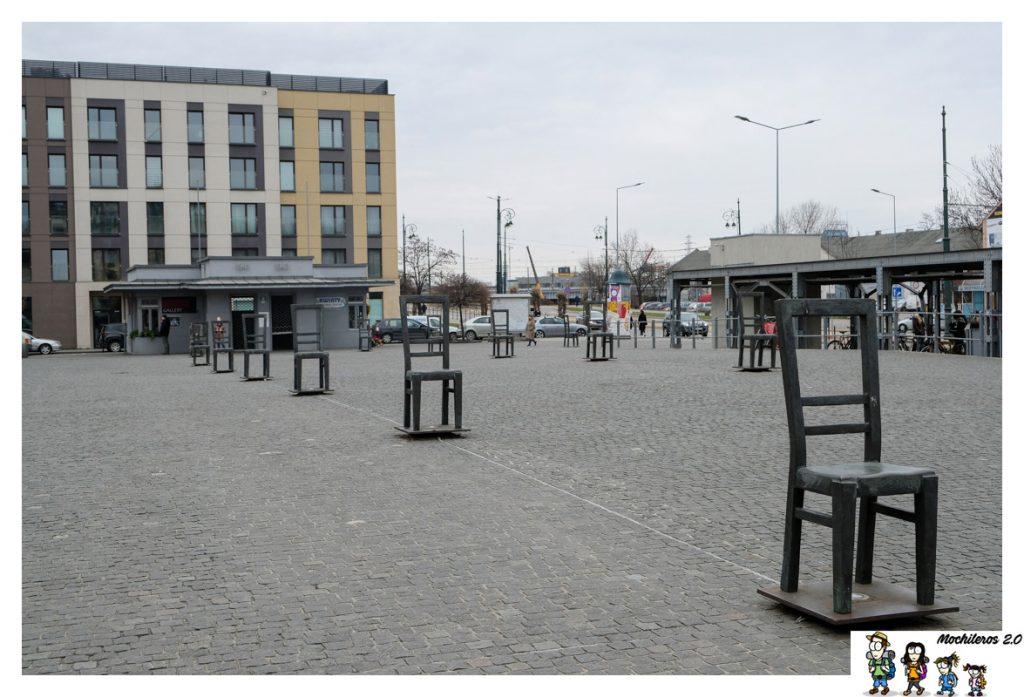 plaza heroes gueto cracovia