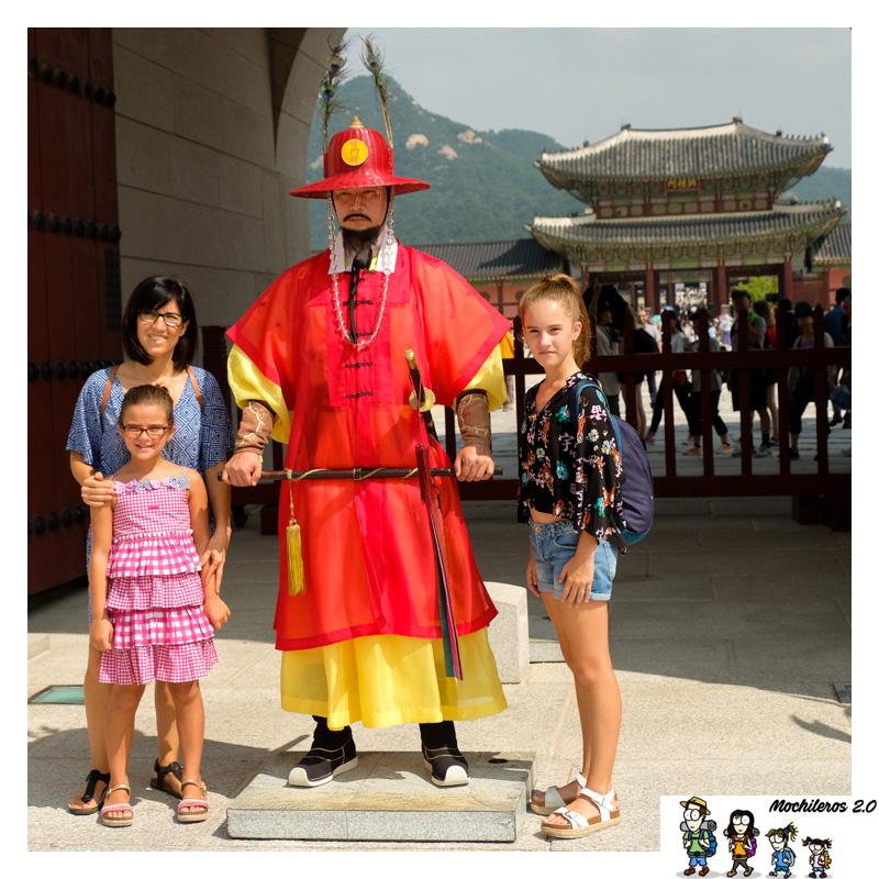 guardia palacio Gyeongbokgung