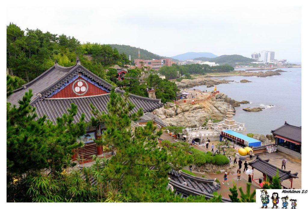 busan yonggynsa temple