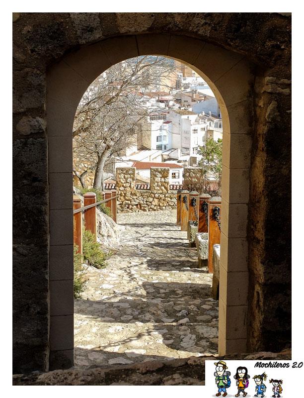 puerta-recinto interior castillo banyeres
