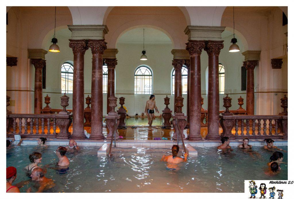 columnas-piscinas interiores szechenyi