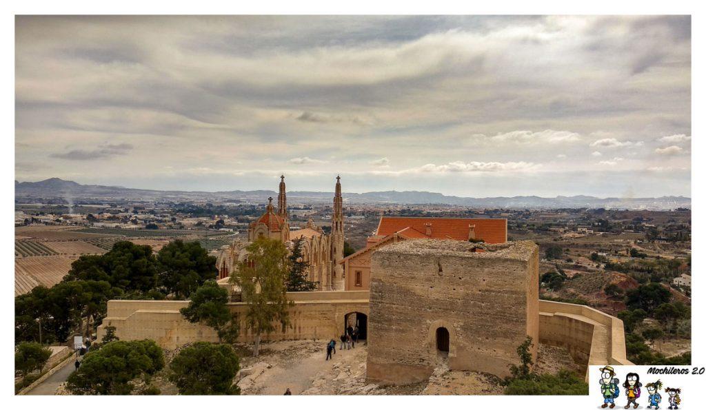 Torre rectangular del Castillo de la Mola