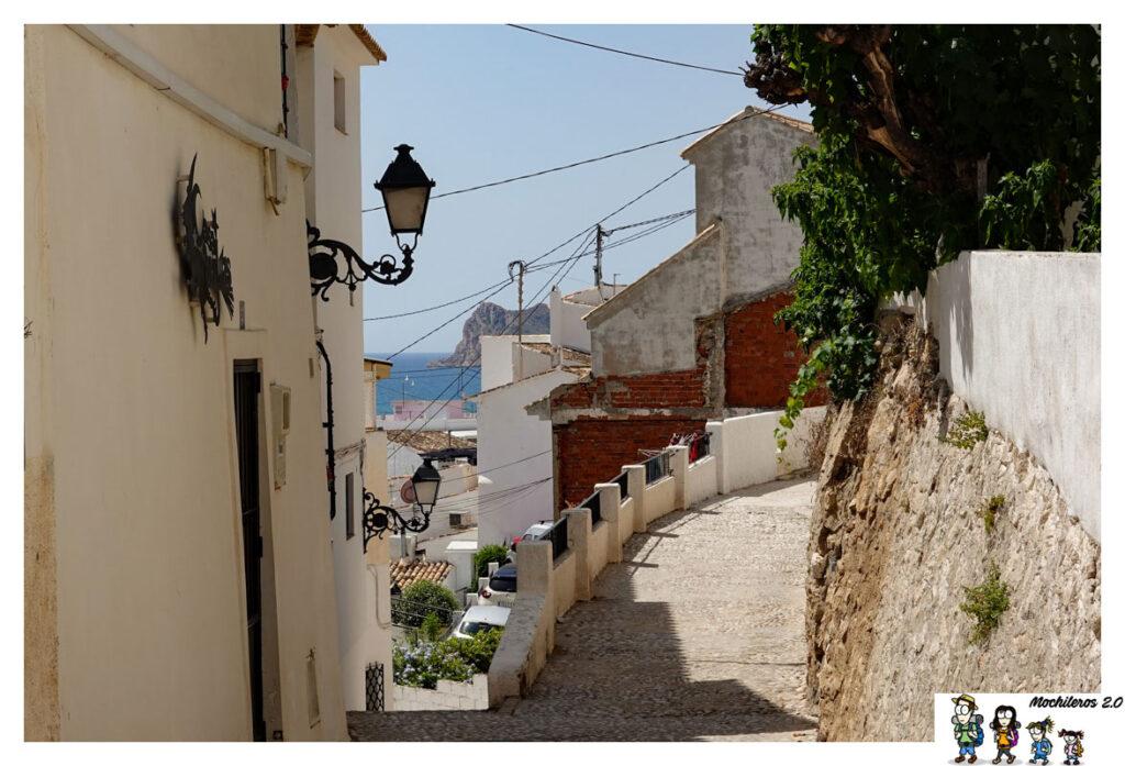 Vistas del mar entre las calles