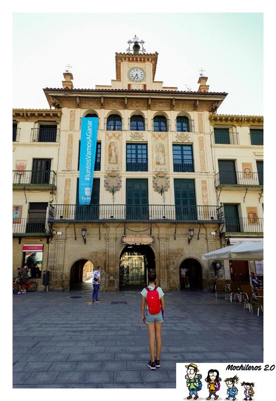 casa reloj plaza fueros