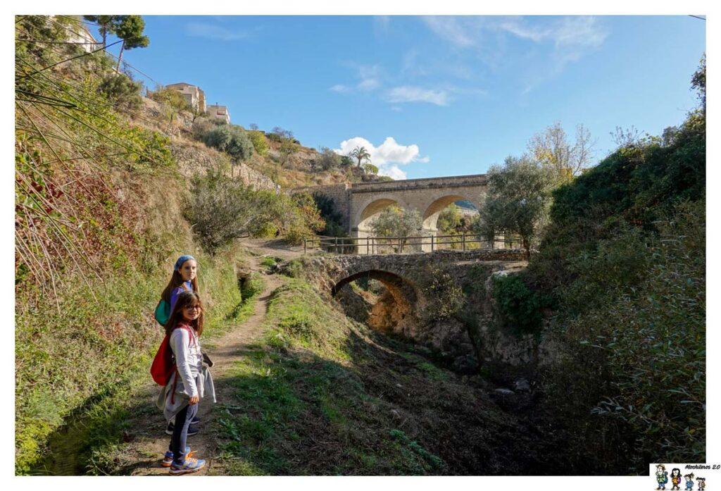 Vista de los dos puentes de Sella