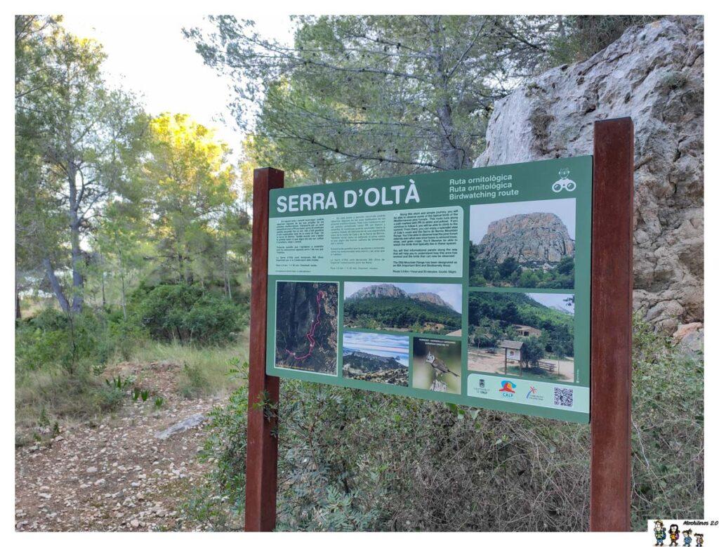 Panel informativo sobre la Sierra de Oltà