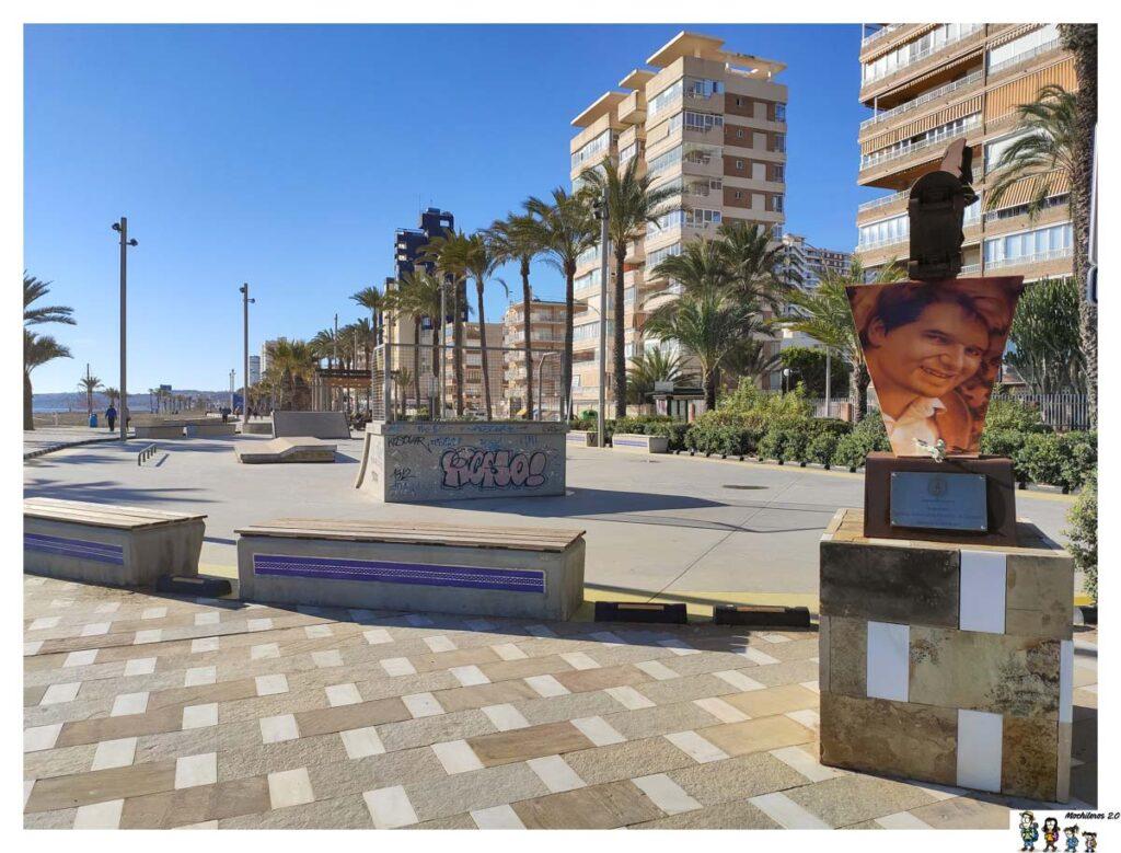 Skatepark y monumento playa San Juan, Alicante
