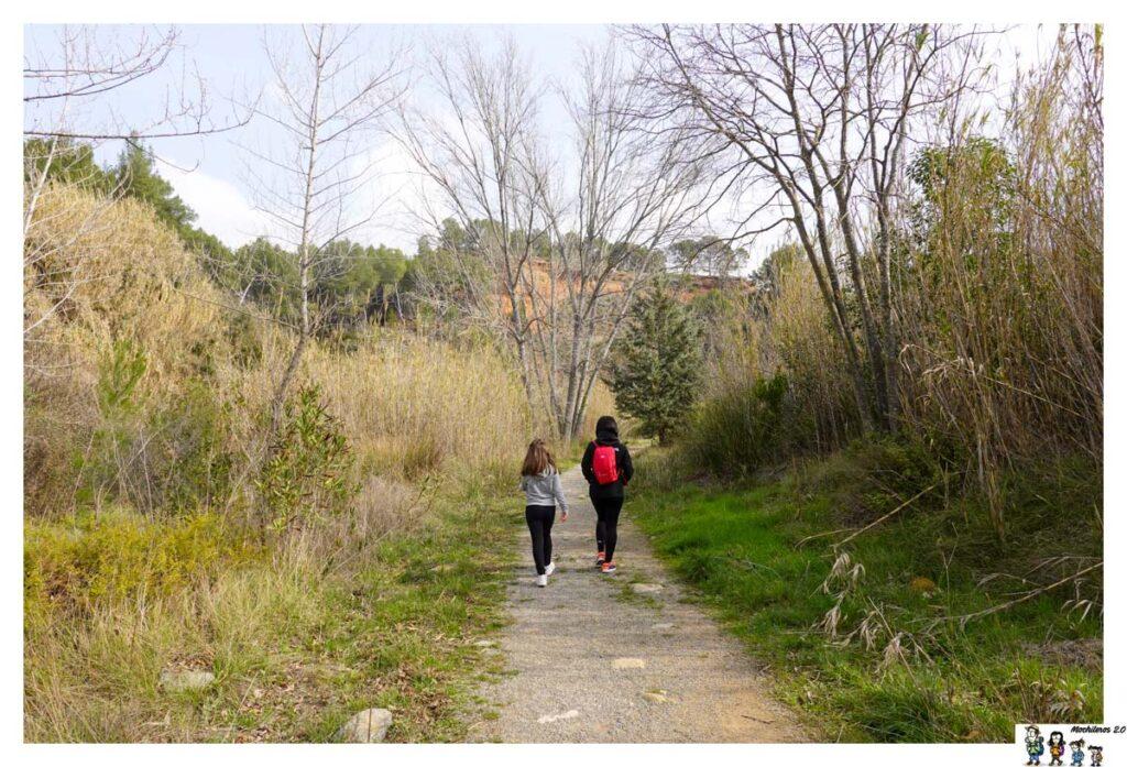 Sendero de la Ruta de las Fuentes, Navajas