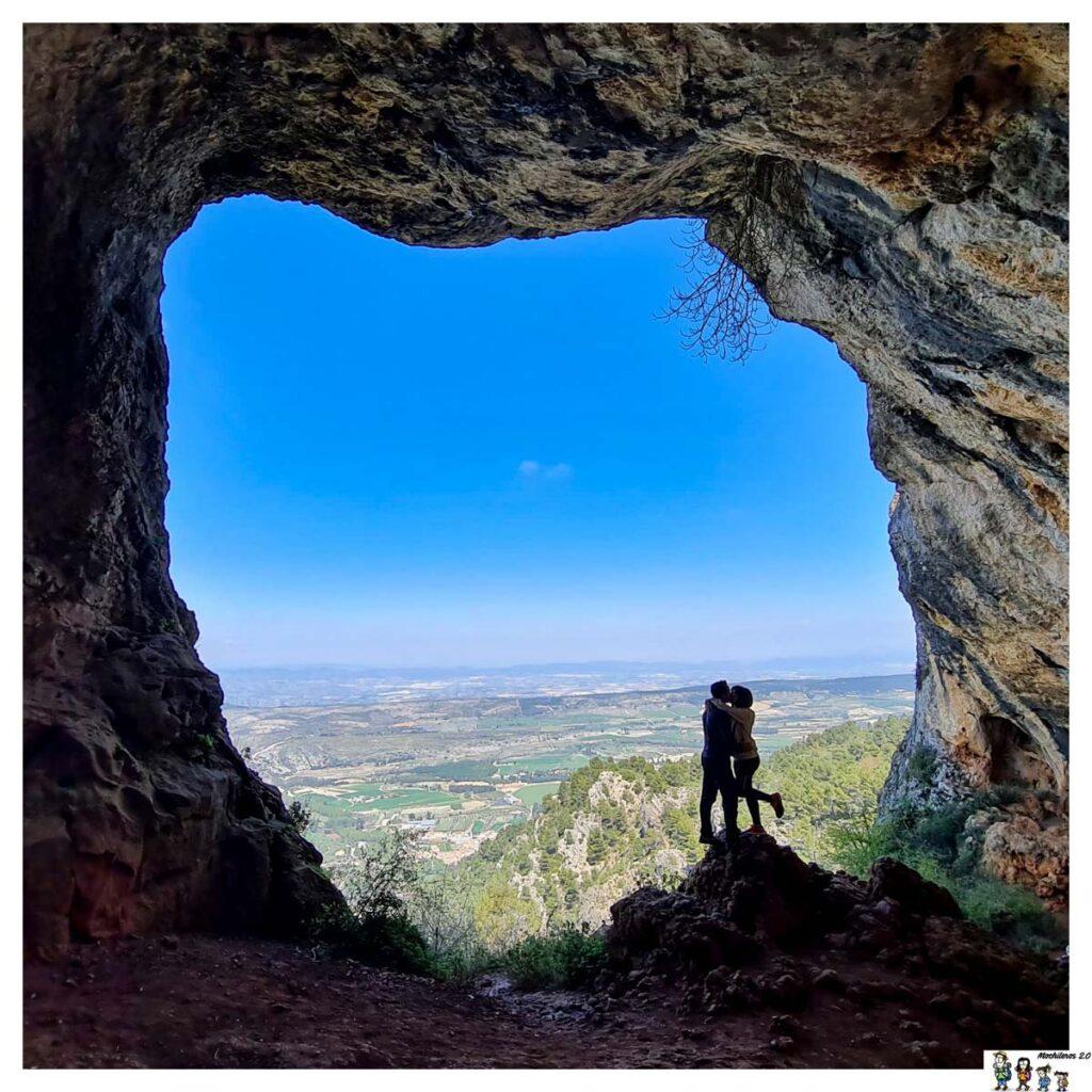 La boca de la cueva Bolumini