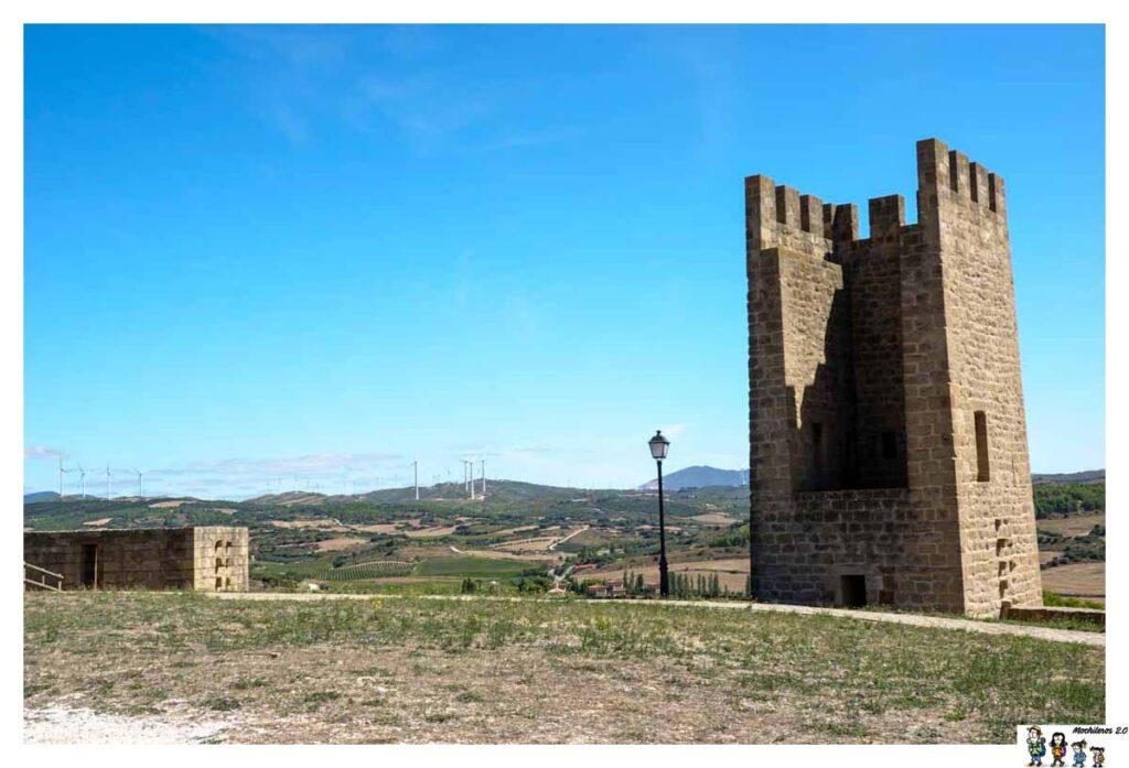 Detalle interior de una de las torres de Artajona