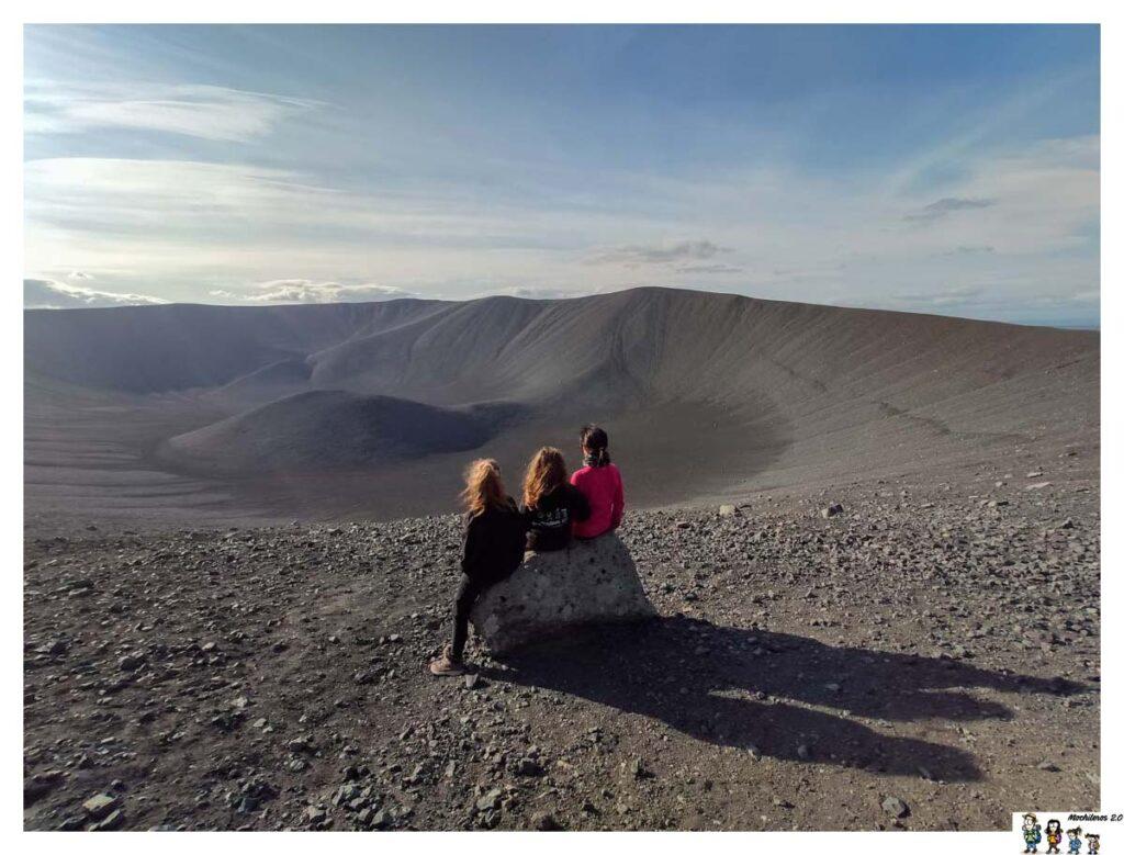 El enorme cráter Hverfjall