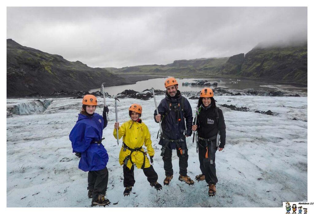 Caminando por encima del glaciar