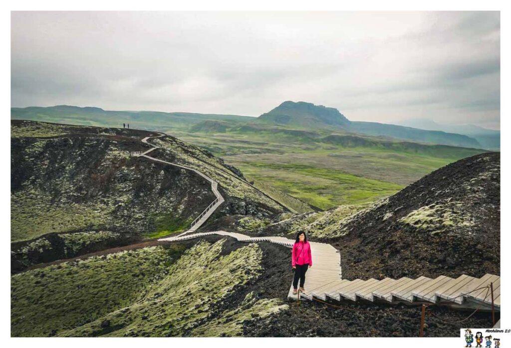 El cráter Grabrok y su campo de lava