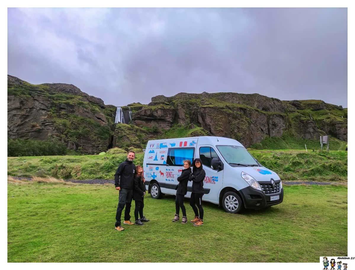 Camper con la que recorrimos Islandia en 15 días